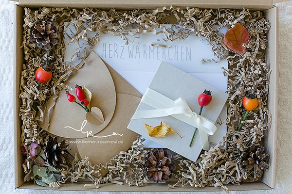 Fotos, Bilder, Kinderfotos, Kinderbilder, mit Liebe verpackt, mit Naturmaterialien verpackt, mit Herbstschmuck verpackt, Kraftpapier, Herzwärmerchen, Herbstzeit, Lillemor Fotografie Bietigheim-Bissingen
