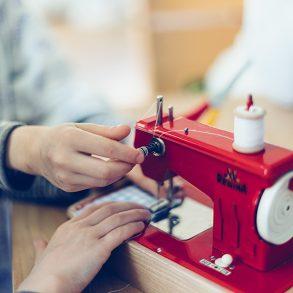 Kindernähmaschine, vintage, Regina, Lillemor, Kinderfotografie, Kinderfotografin, Familienfotografie, Lillemor, Bietigheim-Bissingen