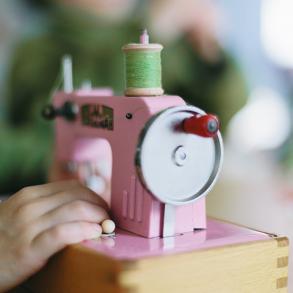 Kindernähmaschine, Regina, vintage, rosa macht glücklich, Lillemor, Kinderfotograf Bietigheim-Bissingen