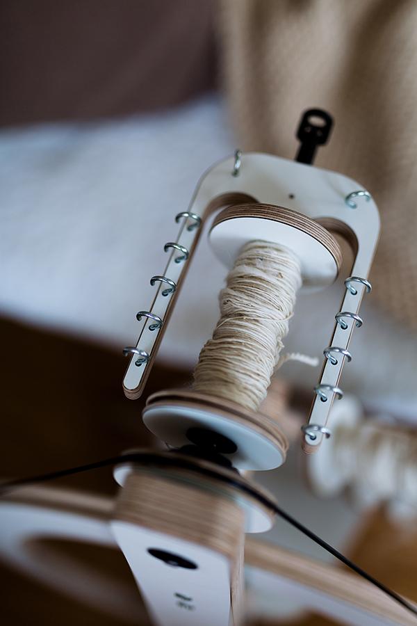 Spinnrad, Bliss, Woolmakers, erste Versuche, Stroh zu Gold