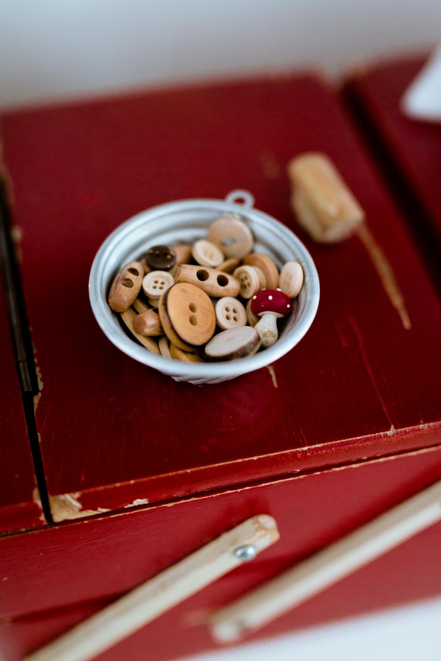 altes Nähkästchen, Lieblingsstück, Holzknöpfe